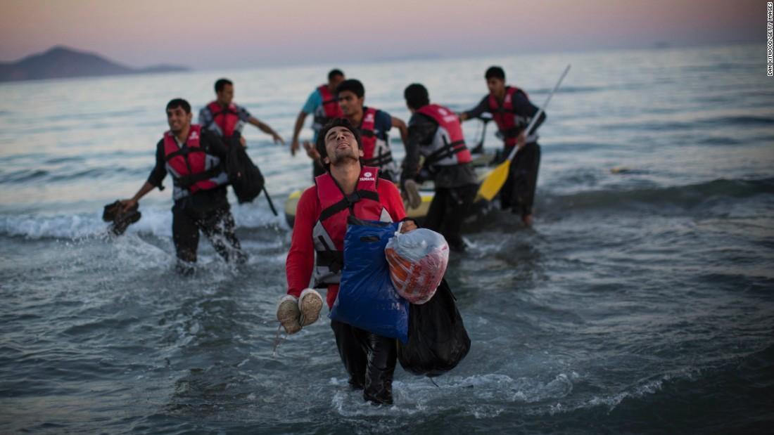 Afgan mülteci: Türkiye'ye dönmektense ölmeyi tercih ederim