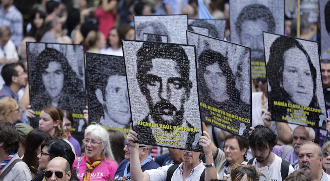 Arjantin'de askeri cuntanın 40. yılında gösteriler