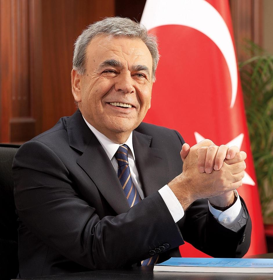 Aziz Kocaoğlu: İzmir CHP'nin kalesi değil