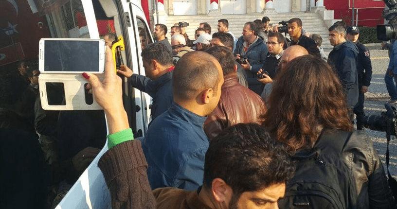 İzmir'de HDP İl Eşbaşkanları Cavit Uğur ve Dilek Aykan tutuklandı