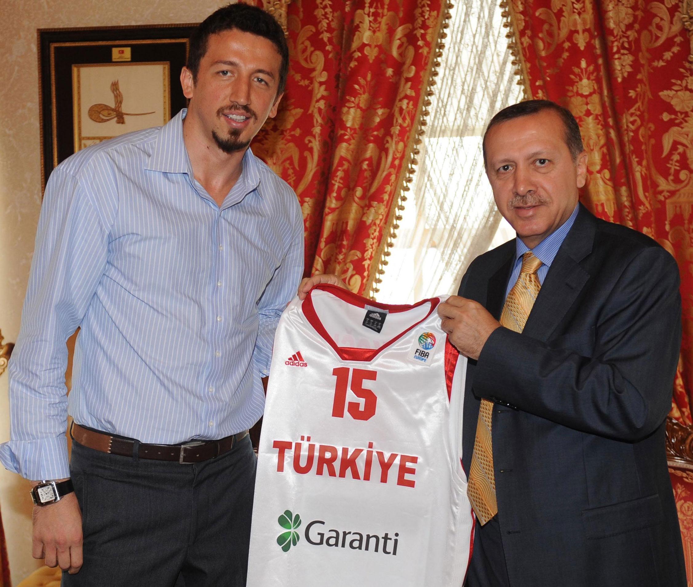 Hidayet Türkoğlu'ndan tam uyum: Bana danışmanlık maaşı sormayın