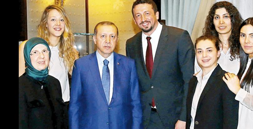 Cumhurbaşkanı başdanışmanı olan Hidayet Türkoğlu'nun maaşı da belli oldu!