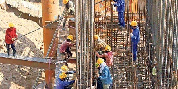 Yine iş cinayeti... İşçiler Avcılar- TEM bağlantı yolunu kapattı