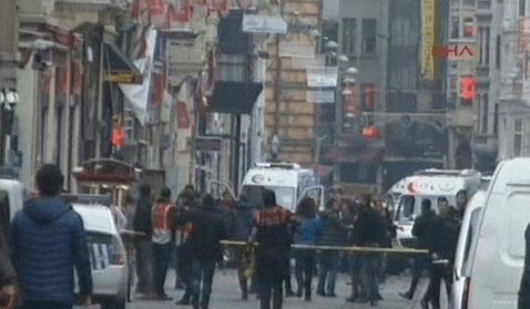 VİDEO | #Taksim İstiklal Caddesi'nde patlama anı güvenlik kamerasında