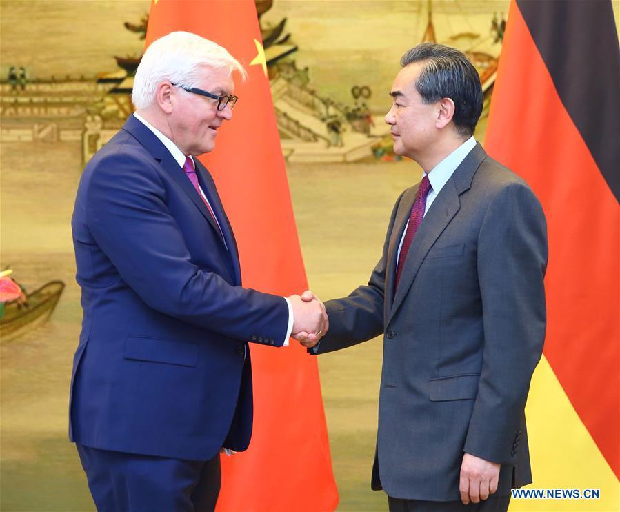 Çin ve Almanya Dışişleri Bakanları Pekin'de buluştu