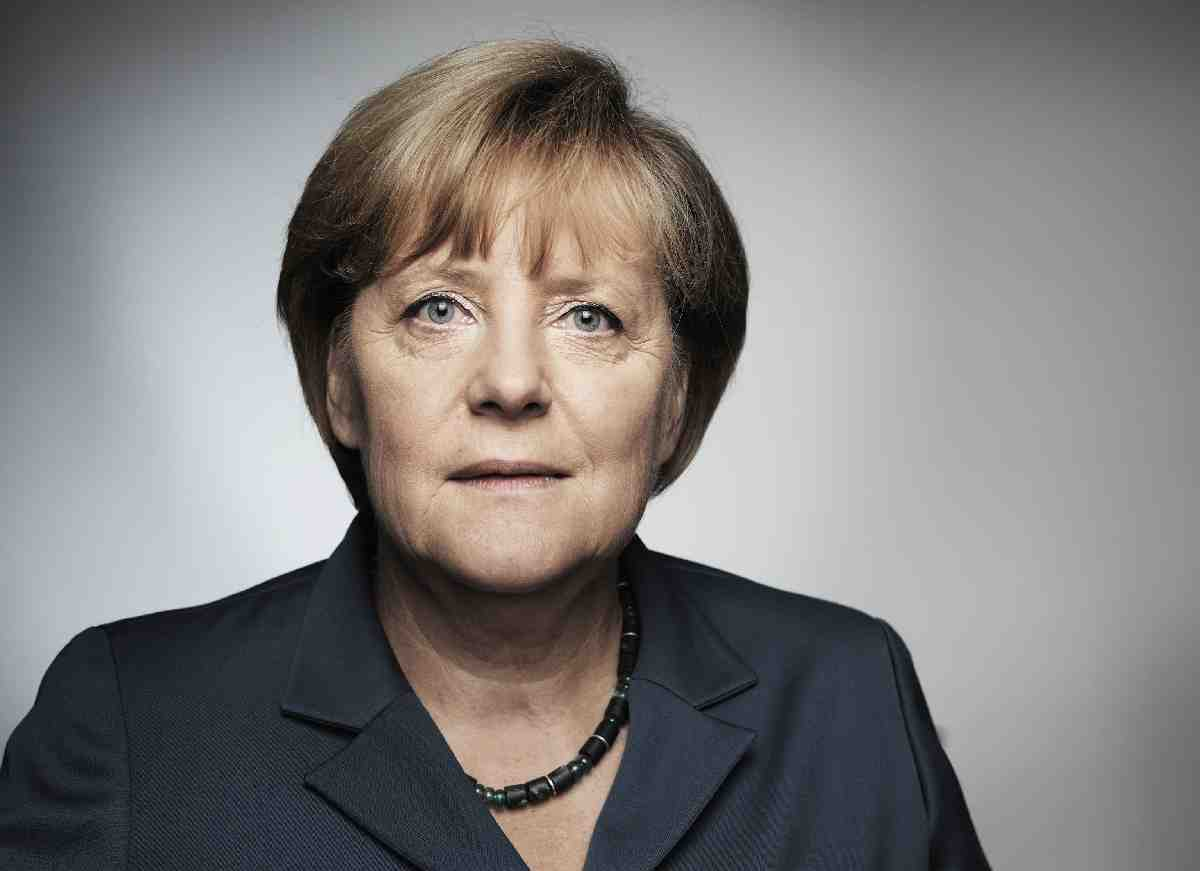 Merkel'e Türkiye ziyareti öncesi koalisyon ve muhalefet partilerinden çağrı