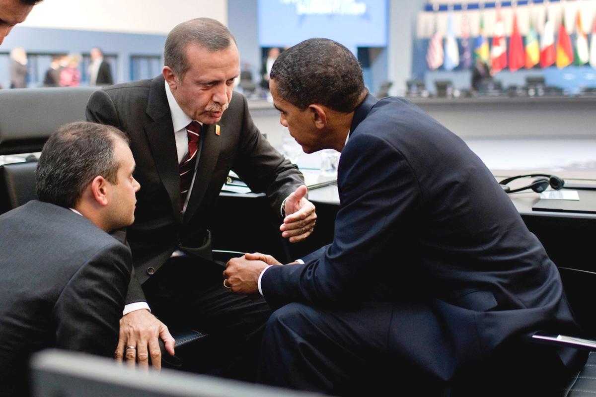 Yandaşlar da Obama'nın gazeteci karnesini yayınladı