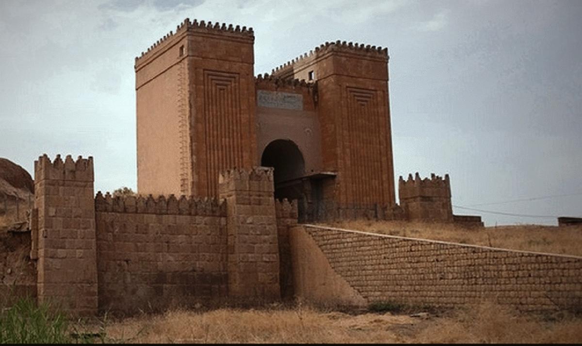 IŞİD barbarlığı 2 bin yıllık tarihi yapıyı yok etti