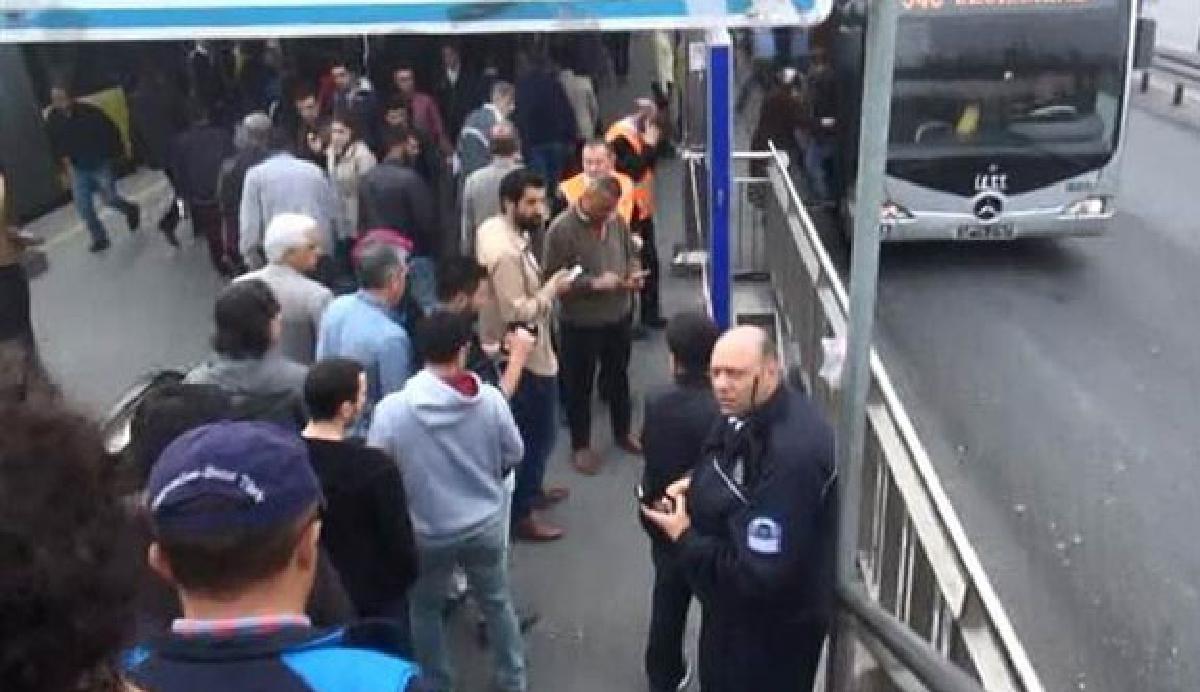 Avcılar metrobüs durağı kapatıldı
