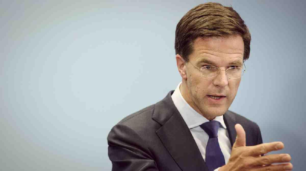 Hollanda muhbirlik çağrısı için açıklama bekliyor