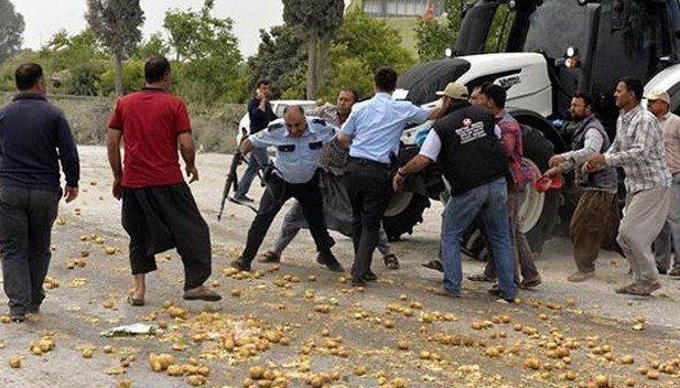 Polis eylem yapan patates çiftçisine ateş açtı
