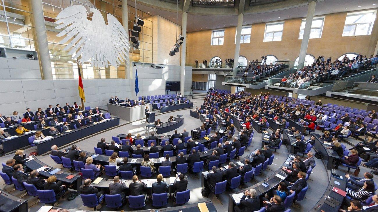 Türkiye'deki basın özgürlüğü ihlalleri Alman Meclisi'nde