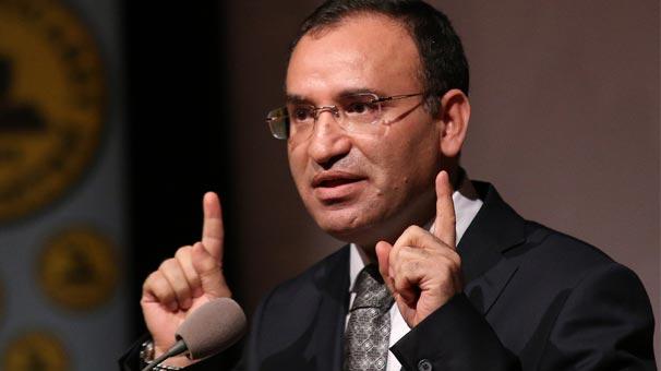 Bekir Bozdağ'ın Gülen çelişkisi: 2010'da'mücadele'ye başladı, 2011'de'inanarak' konuştu