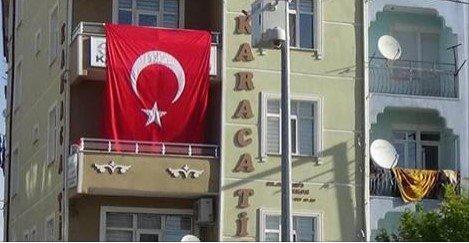 #Ensar vakfı utancını bayrak ile kapatmaya çalıştı
