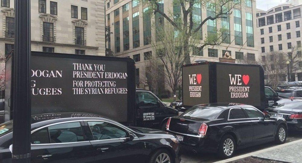 VİDEO | Erdoğan'ın 'kara propaganda kamyonları': Washington halkı böyle eziyet görmedi