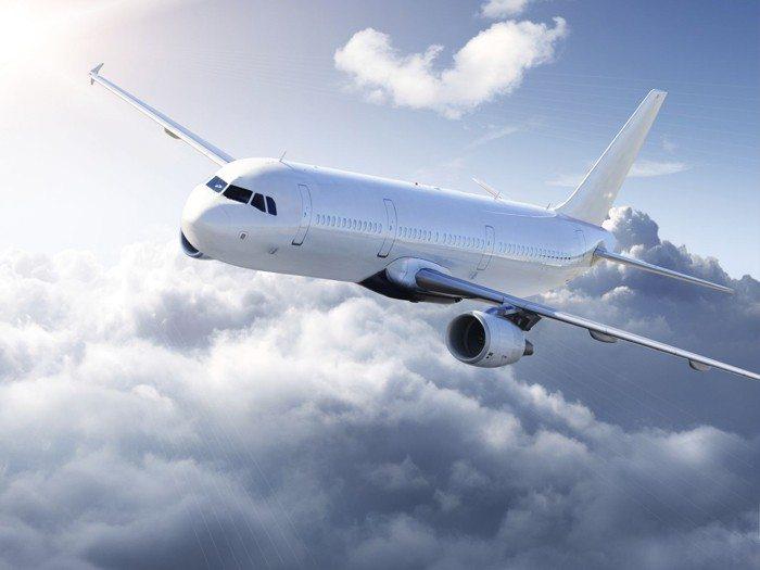 Yunanistan'da grev uçak seferlerini iptal ettirdi