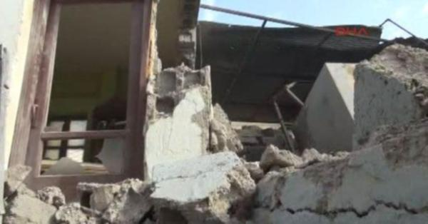 #Kilis'te okullar tatil, yaralı sayısı artıyor
