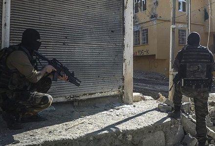 Diyarbakır'ın 16 mahallesinde sokağa çıkma yasağı!