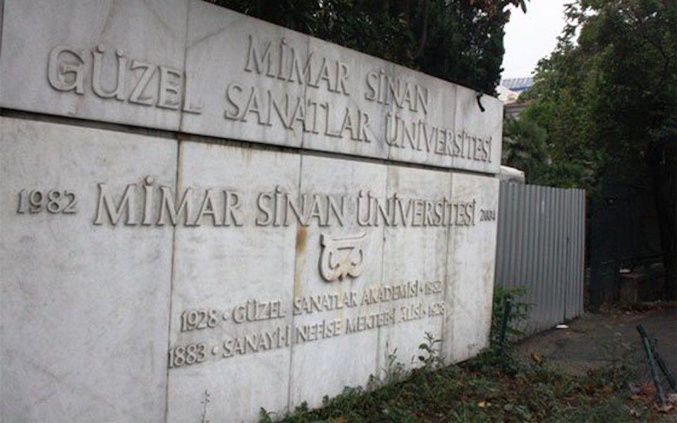 Mimar Sinan öğrencilerinin evlerine polis baskını