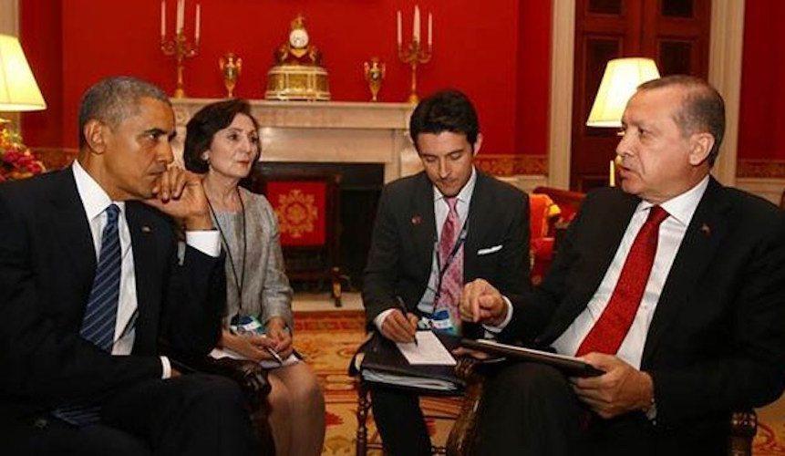 Ergen aşıklar: Yandaşlar ve liberaller Obama'yı paylaşamıyor