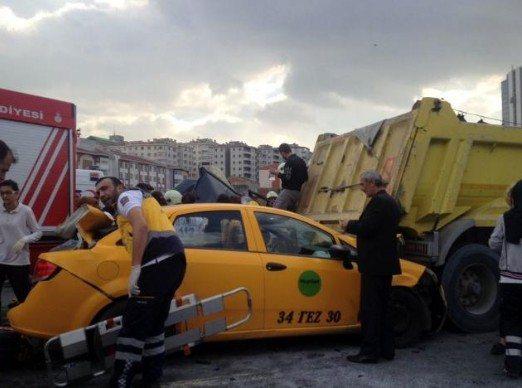 TEM'de büyük kaza