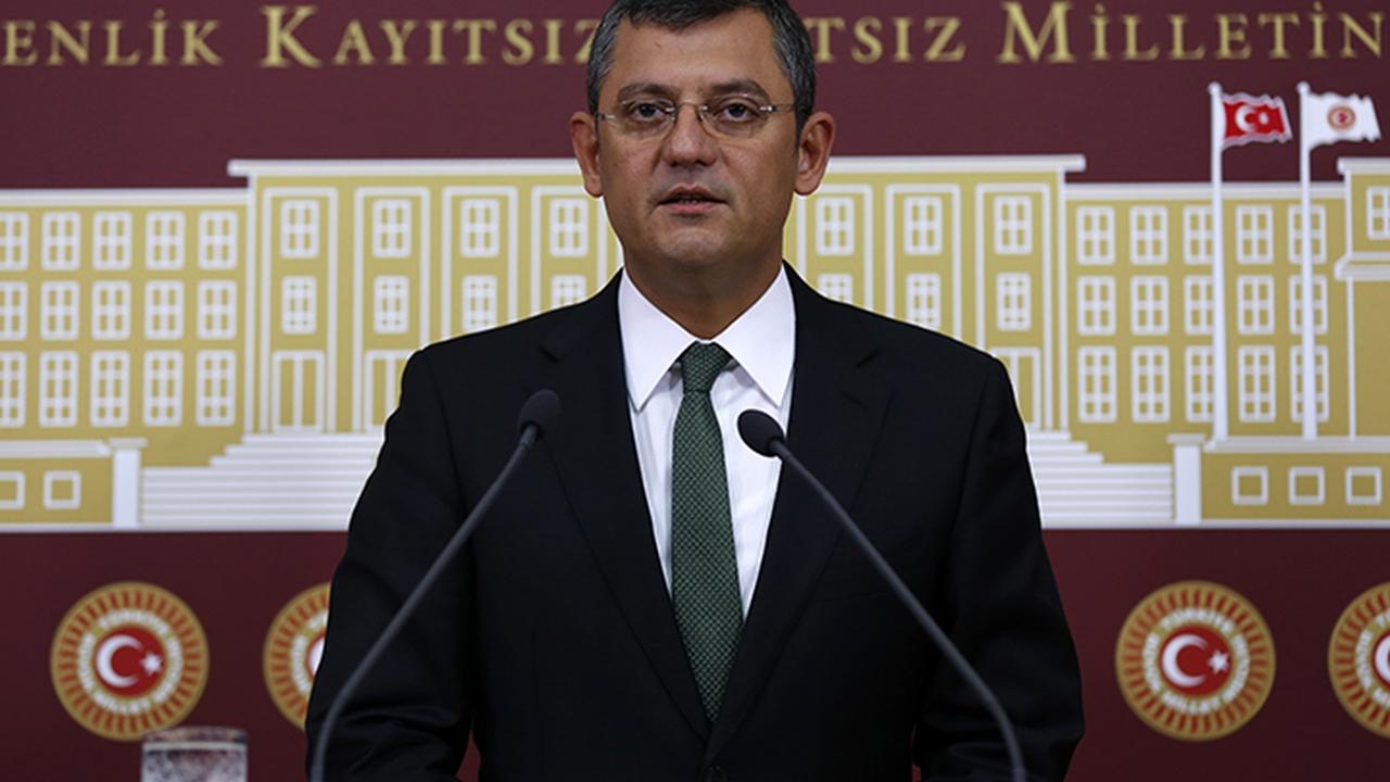 CHP'li Özgür Özel: Asıl bomba salı günü patlıyor