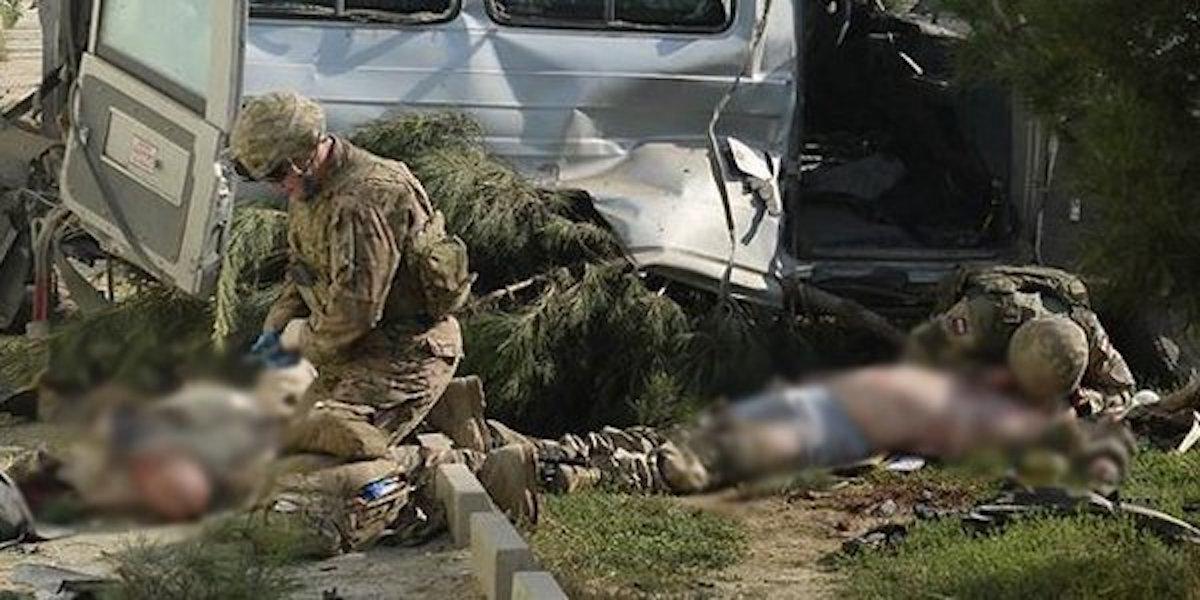 Afganistan'da ABD konvoyuna saldırı