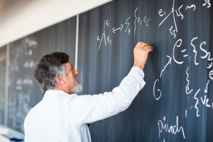 Akademisyenlere zorunlu görev geliyor