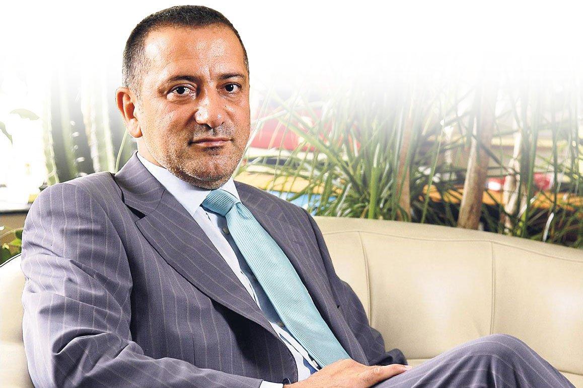 Fatih Altaylı: Davutoğlu istifa etti, Erdoğan kabul etmedi