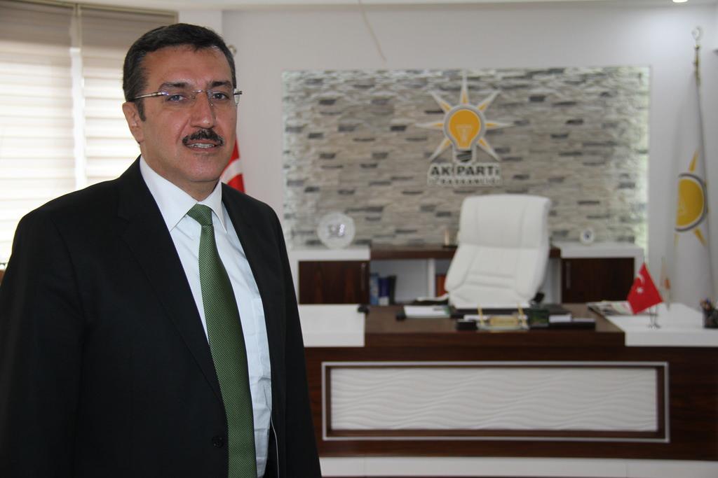 Sonunda bu da oldu: AKP'liden CHP'ye laiklik dersi