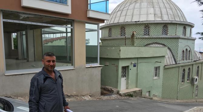 Caminin misafirhanesi kaçak çıktı, yıkım kararına