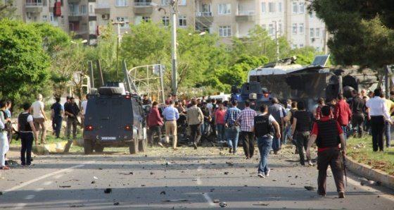 Diyarbakır'da bombalı saldırı: 3 ölü 45 yaralı