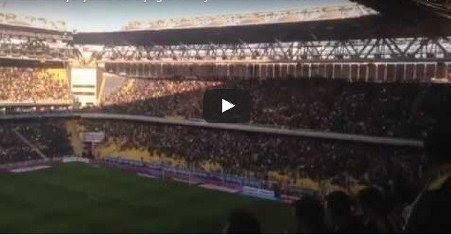 VİDEO | Fenerbahçe tribünleri inledi: Türkiye laiktir laik kalacak!