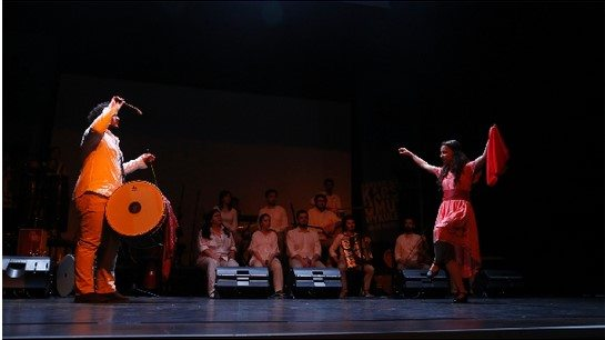 """Halk danslarında barışın diline bir örnek; """"Barış İçin Yollarda"""", ve halk danslarının ekonomi-politiği üzerine sesli düşünceler…"""