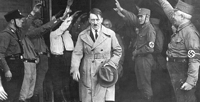 Hitler'in tablosunu 75 cente almış:'Beni bu yükten kurtarın'