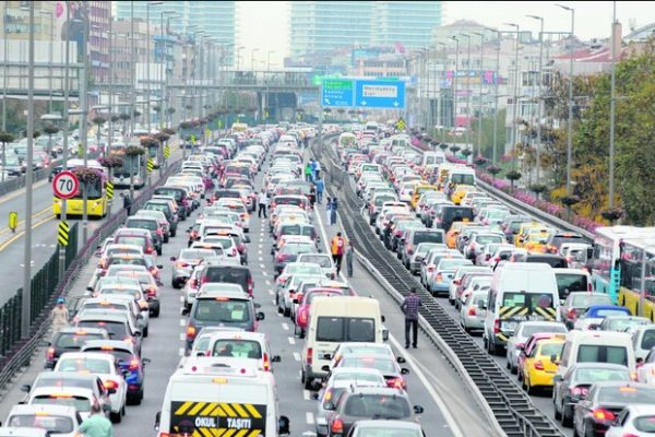 İstanbul'da bugün kapalı olan yollar