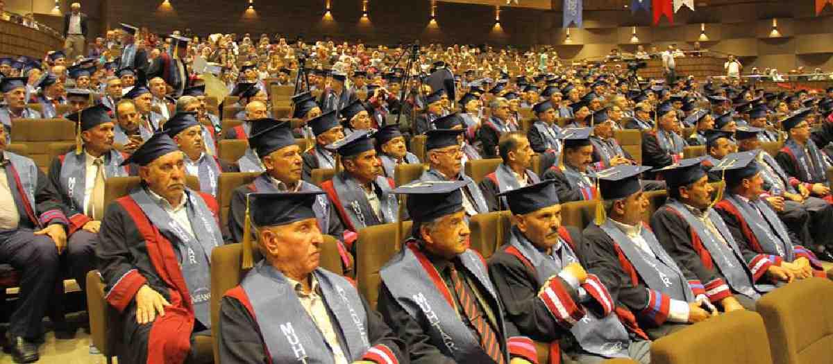 Aziz Nesin'lik vaka: 'Muhtar Akademisi' ilk mezunlarını verdi