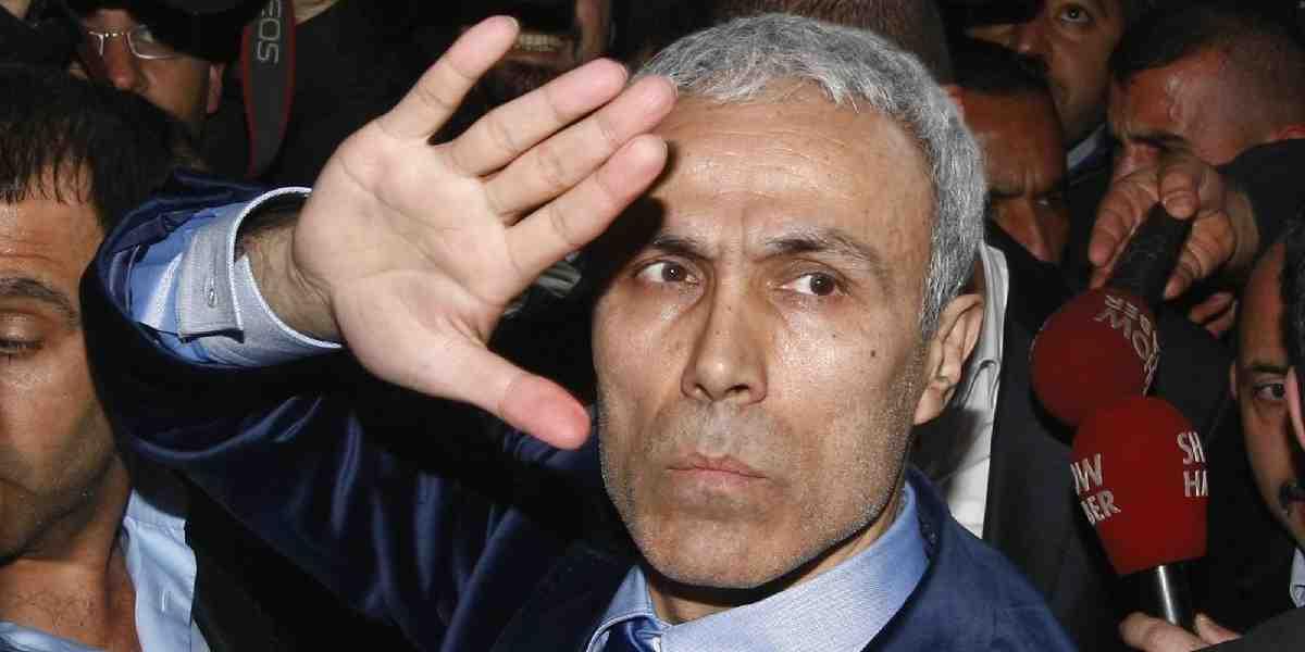 Faşist katil Mehmet Ali Ağca  'İslam' paneli verecek