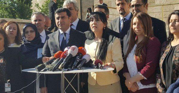 Demirtaş ve Yüksekdağ'dan 'dokunulmazlık' açıklaması
