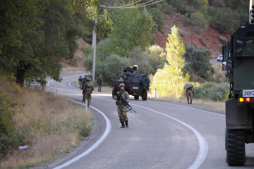 Tunceli-Erzincan karayolu kapatıldı