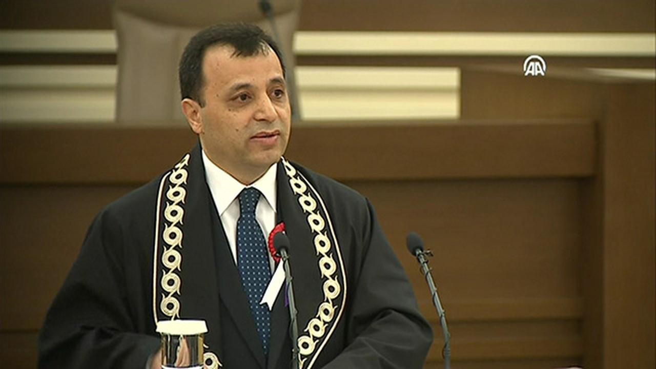 AYM Başkanı, Erdoğan'ın davetini geri çevirmiş
