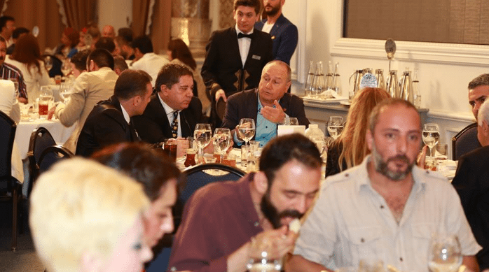 Hayko Bağdat, Adnan Oktar'ın iftarında