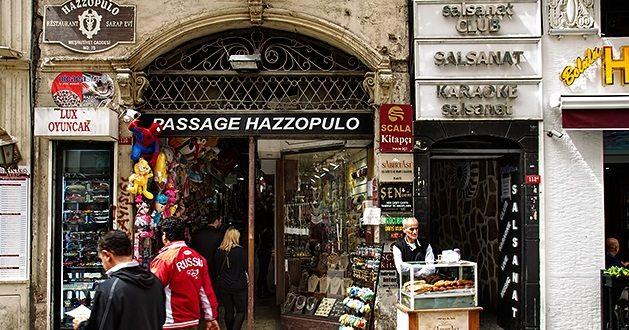 Beyoğlu'nda Hazzopulo'daki dükkanlara mühür vuruluyor iddiası