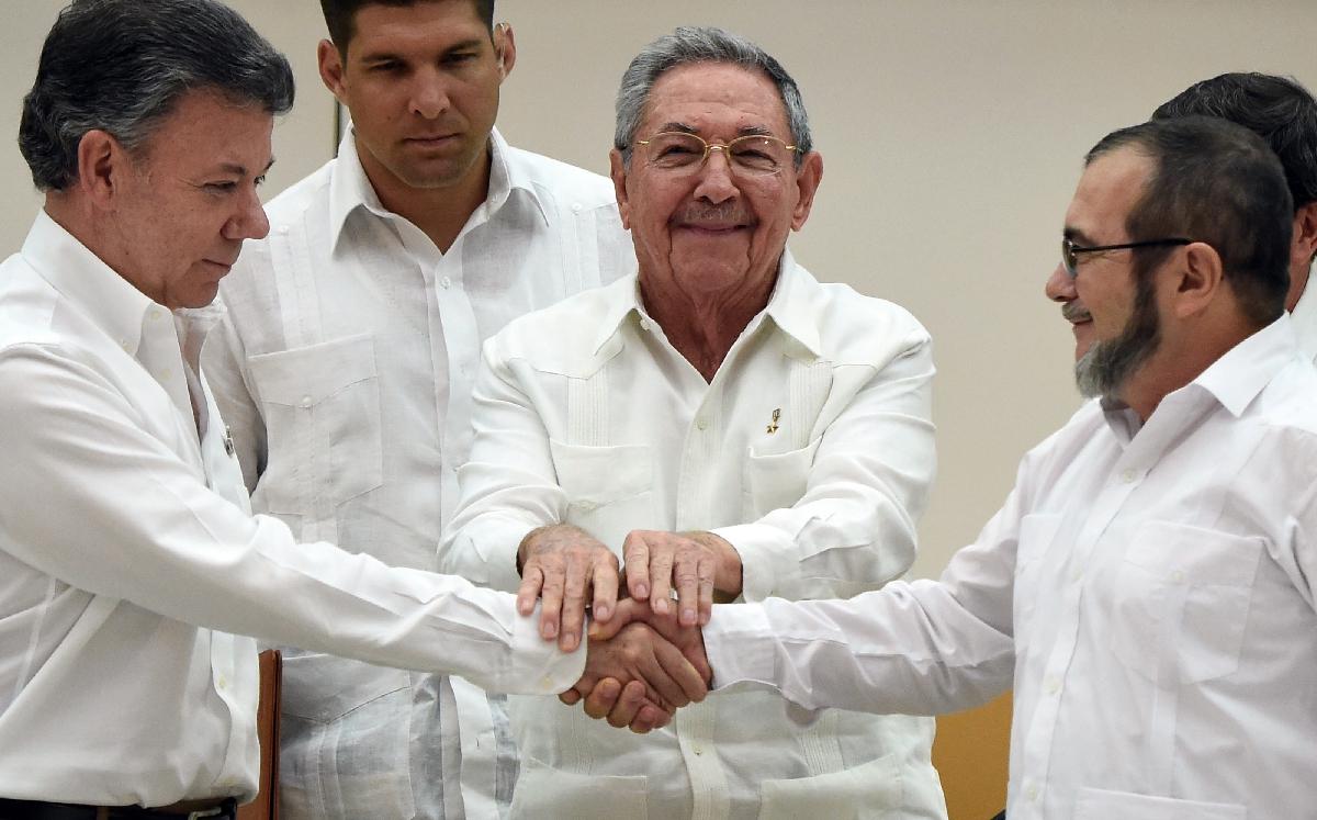 FARC tek taraflı ateşkes ilan etmeyi kabul etti