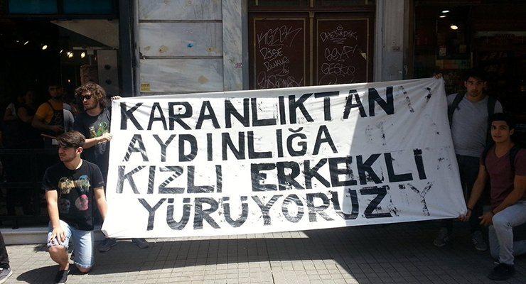 VİDEO | Beyoğlu Anadolu Lisesi 'kızlı-erkekli' eylemde!