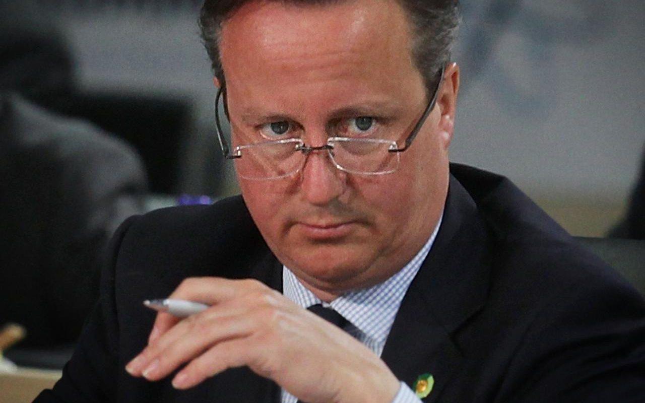 Cameron: Türkiye on yıllarca AB'ye üye olamaz