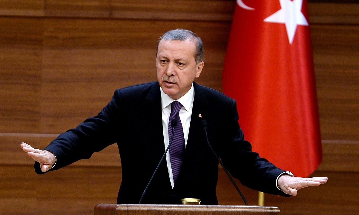 Erdoğan'dan Almanya'ya tehdit: Delikanlı olun ciğerimi yiyin