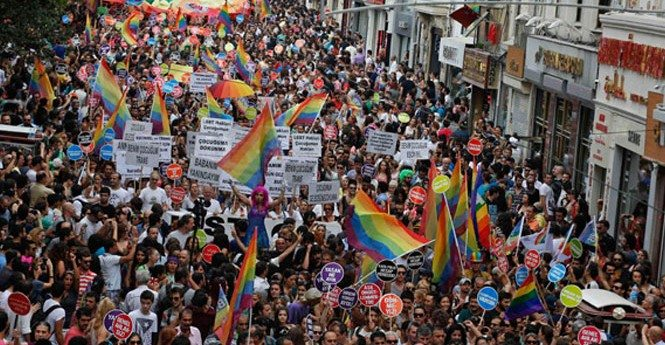 Onur Haftası Komitesi: Onur Yürüyüşü yapılamayacak