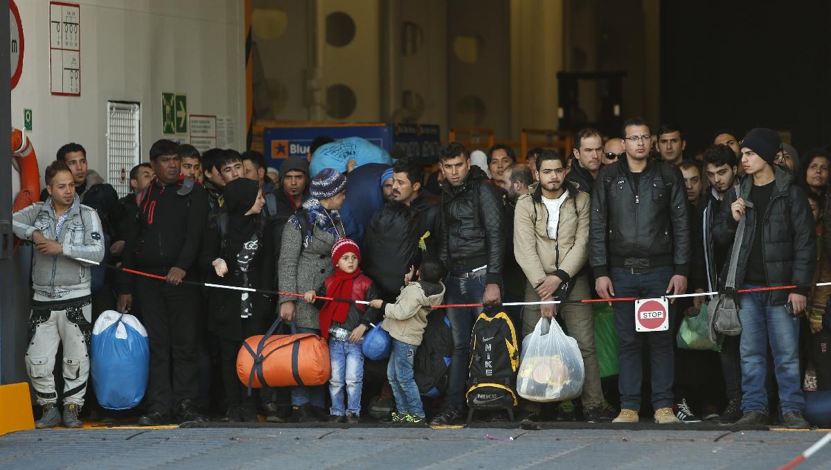 Yunanistan'da mülteciler fuhuşa zorlanıyor