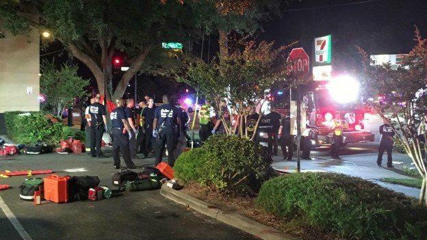 Gece kulübünde 50 kişi öldürüldü,'Sapkınlar tarandı' dediler